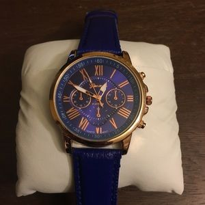 Accessories - Rose Gold & Navy Watch - Geneva